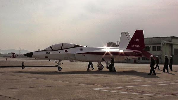Prototipe Jet Tempur Siluman ATD-X Buatan Jepang. PROKIMAL ONLINE Kotabumi Lampung Utara
