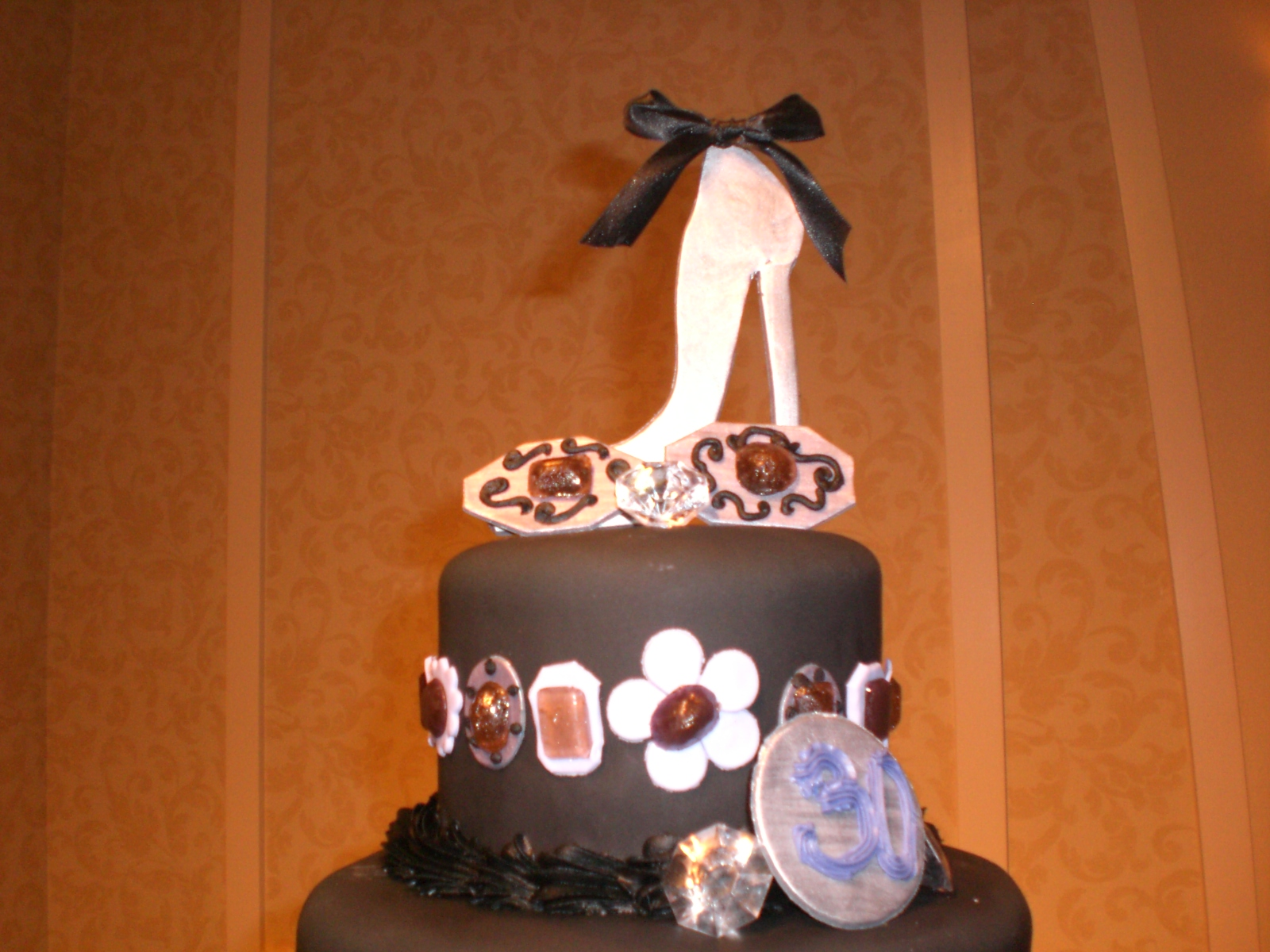 Cake Art Lawrenceville Hwy : CAFE AROMAS: Heels and Cuff Links Cake