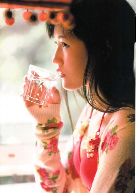 AKB48 Watanabe Mayu Mayuyu Photobook pics 31