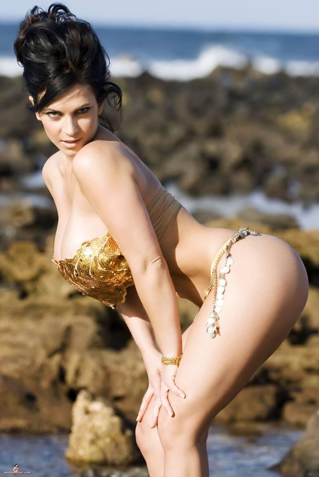 Foto Foto Denise Milani Model Toket Gede - Blog