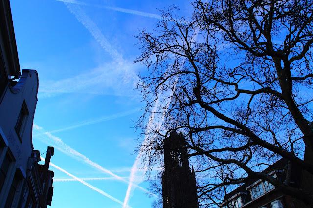 Gestreepte lucht landvanmelkenhoning.blogspot.nl Overvloed