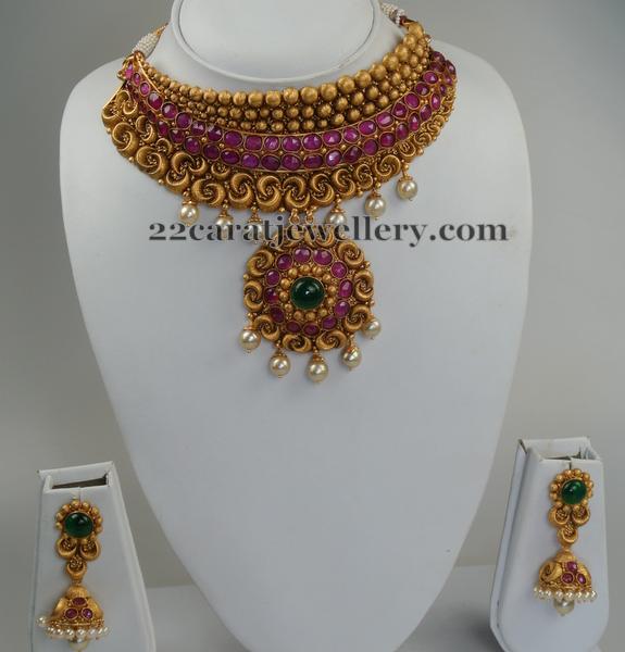 Exquisite Choker by Swarna Sri Jewellers