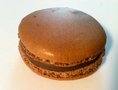 Les meilleurs macarons au chocolat de Paris - Pouchkine