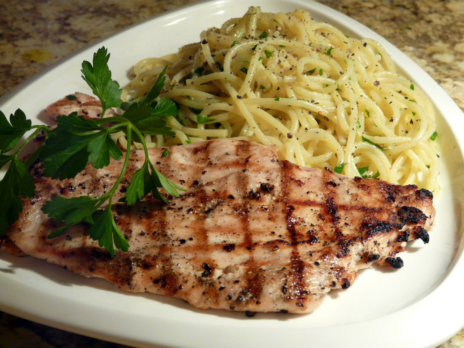 Recipes for chicken breasts and pasta