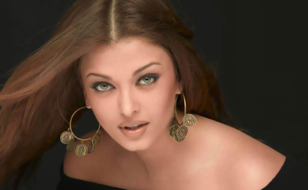 Aishwarya Rai | Sexy Pictures Gallery