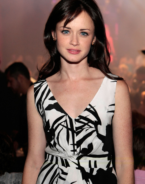 Alexis Bledel Hairstyle 43