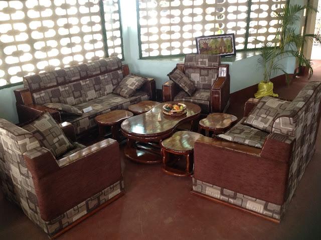 Banda la Jeshi la Magereza langara kwa bidhaa bora  : photo2B2 from magereza.blogspot.com size 640 x 478 jpeg 93kB