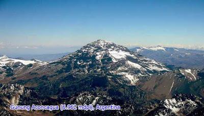 Gunung Aconcagua (6.962 mdpl), Argentina