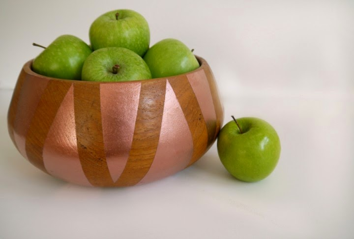 http://www.makery.uk/2015/03/diy-geometric-copper-wood-fruit-bowl/