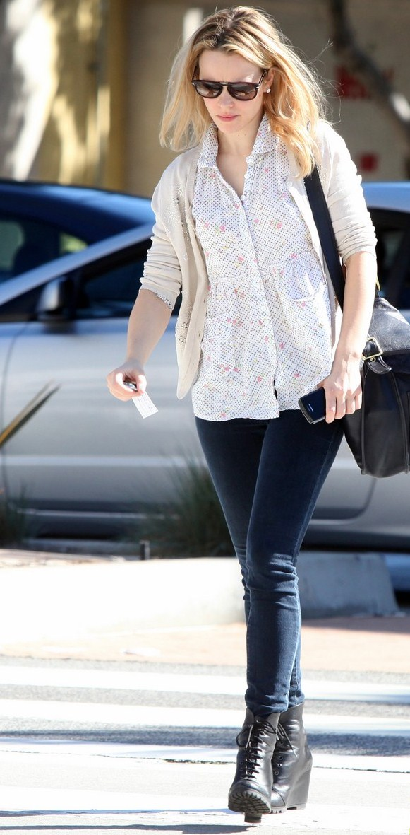 5 times rachel mcadams took casual classics to the next