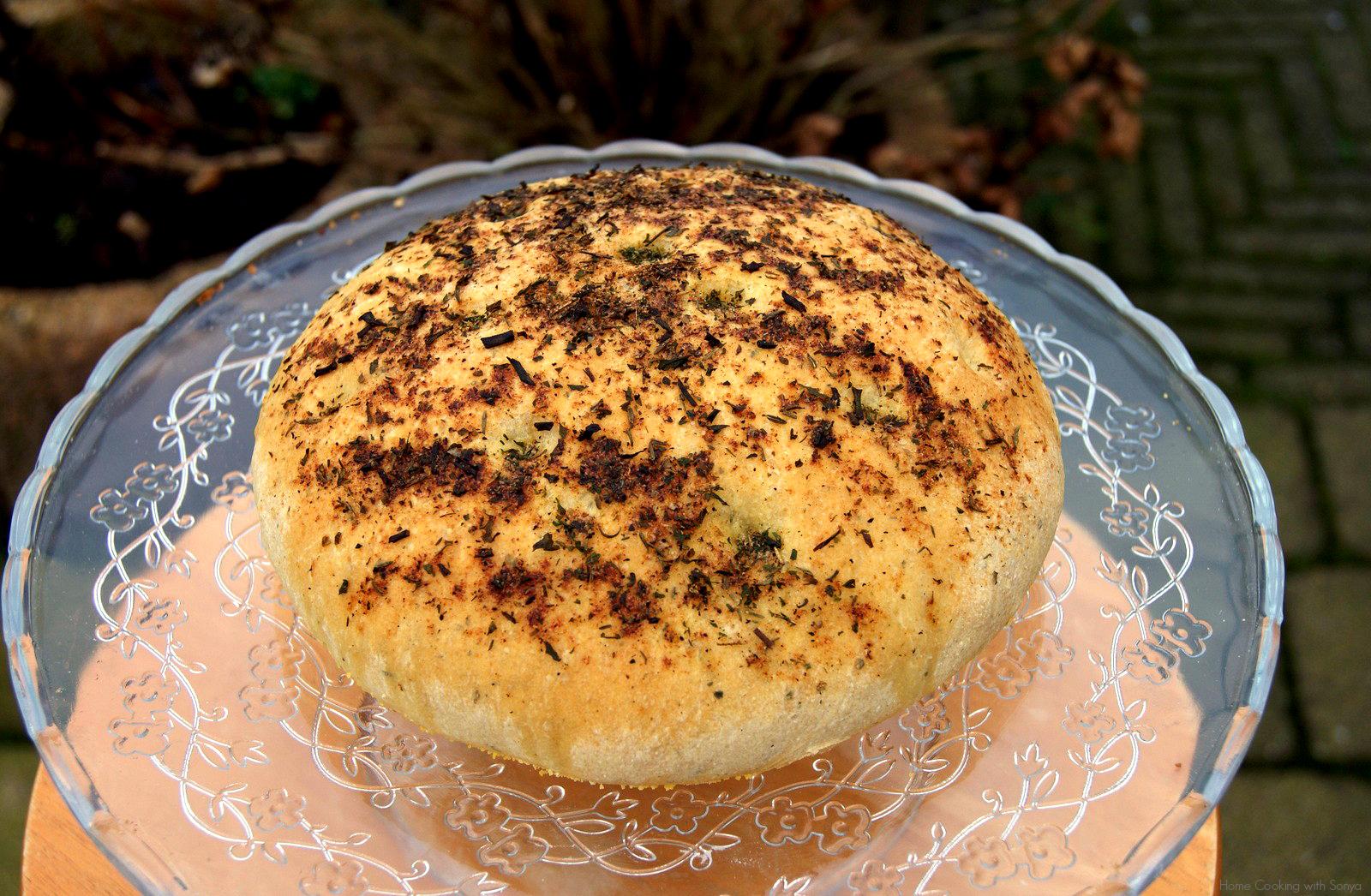 no-knead golden semolina bread