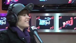 Justin grabando canciones (Justin bieber recording)