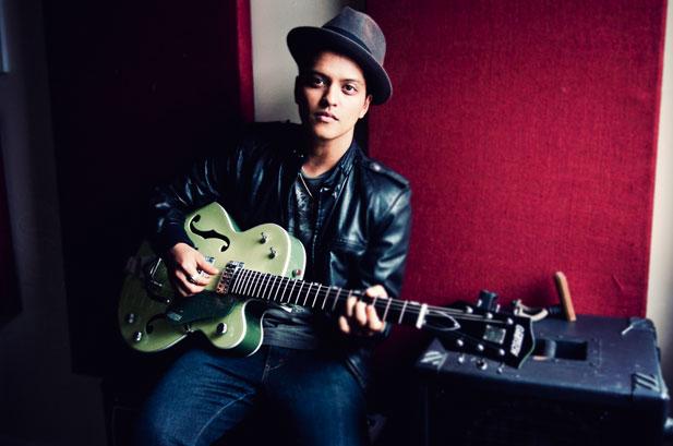 2011-07-11 - Bruno Mars For Billboard Magazine july 2011 Bruno-mars-portrait-617-409