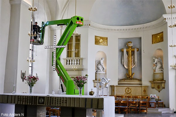 Skylift, kyrka