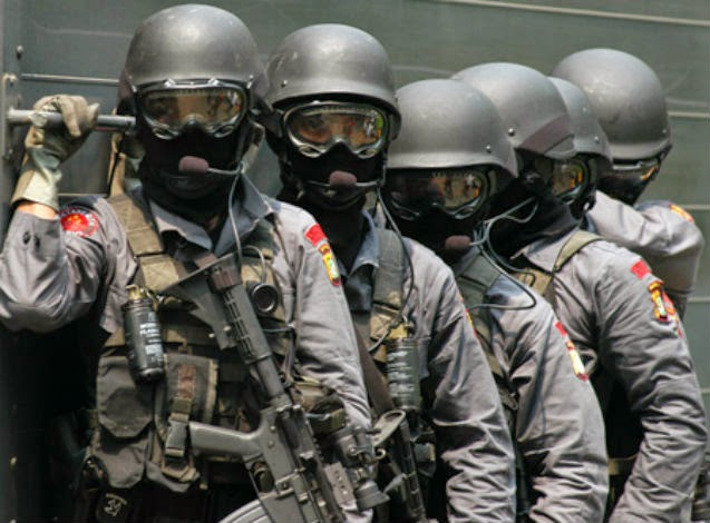 Jelang Pilpres, Densus 88 Tangkap 10 Terduga Teroris