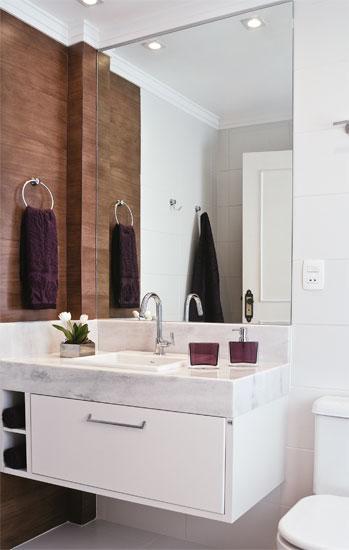 Meu Palácio de 64m² Banheiro Cor Madeira -> Banheiro Pequeno Com Ceramica Preta