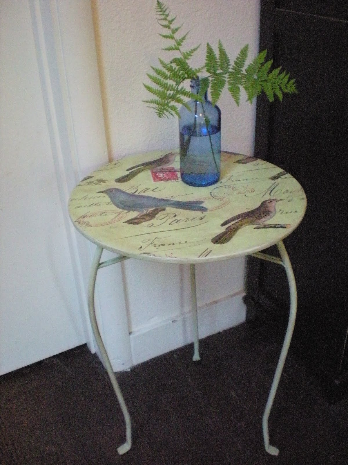 how to make a plant stand easy