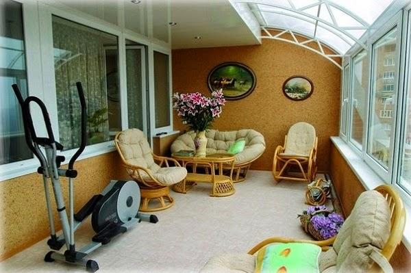 Decoraci n de terraza peque a colores en casa for Muebles terraza pequena