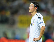 Mesut Ozil. Mesut Ozil. Posted by staziar wezzkowi at 6:05 PM
