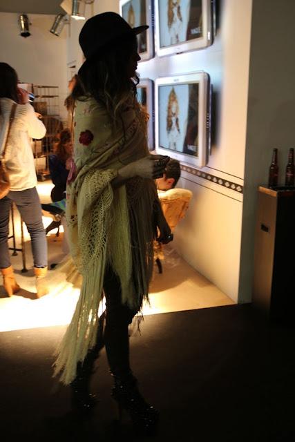 Vía Pinterest por Carey Capitan en #fashionsense Desde madamederosa.com