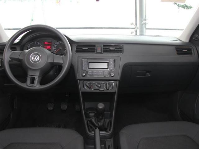 VW-Santana-2014-basico-painel.jpg