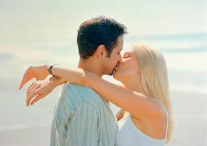 Как целоваться с парнем правильно