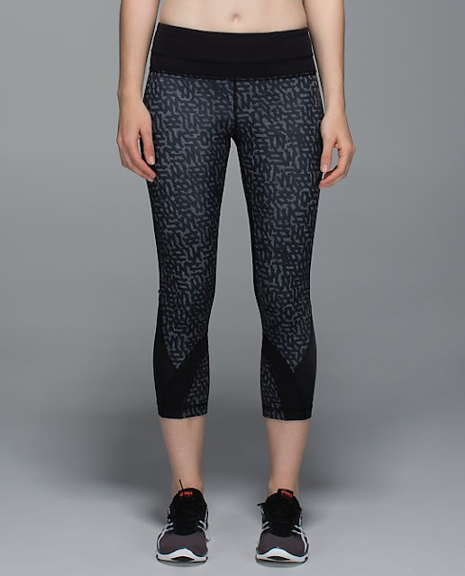 lululemon-net-pop-black inspire-crop