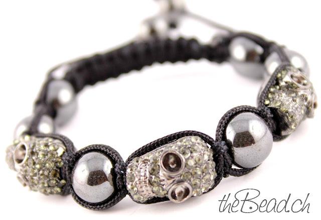 Armband mit drei Totenköpfen Skulls Diamond Strass und Haematit