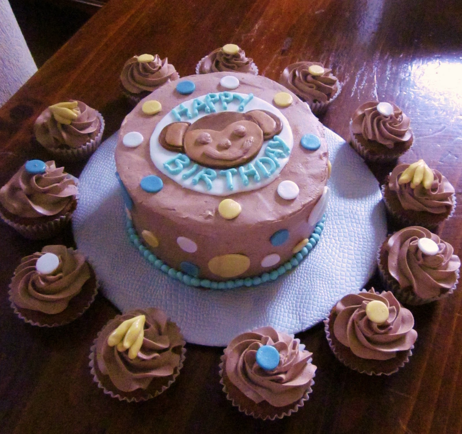 Second Generation Cake Design Monkey Birthday Cake Matching Cupcakes