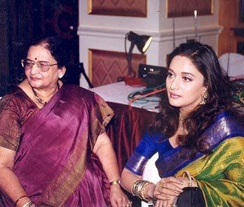 Rare photos of Madhuri Dixit Free Download HD Wallpapers