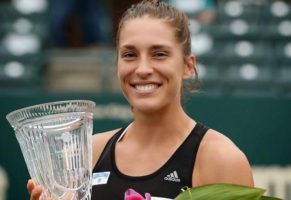 Andrea Petkovic celebra su título en Charleston