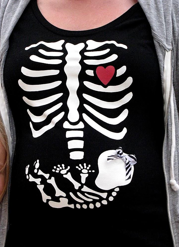 bluzka ze szkielecikiem
