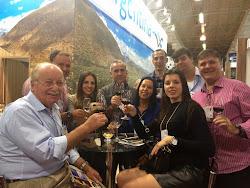 Momento  Expovinis 2015 com o especialista Luiz Henrique Schmitt, Offer Importados e amigos