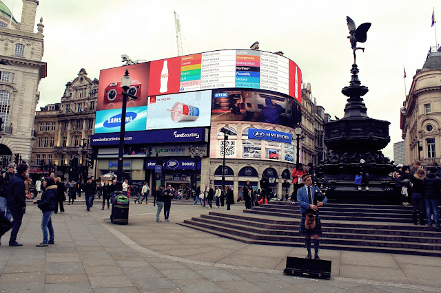 Picadilly Circus, Londyn, Anglia