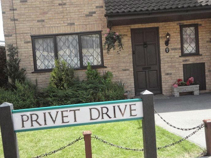 Casa dos Dursley - Visitando os Estúdios de Harry Potter em Londres