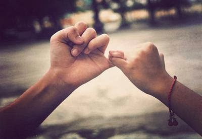 Xòe bàn tay đón yêu thương