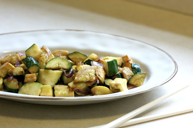 Spicy Asian Zucchini- simplelivingeating.com