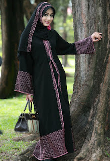 model arabian renda batik