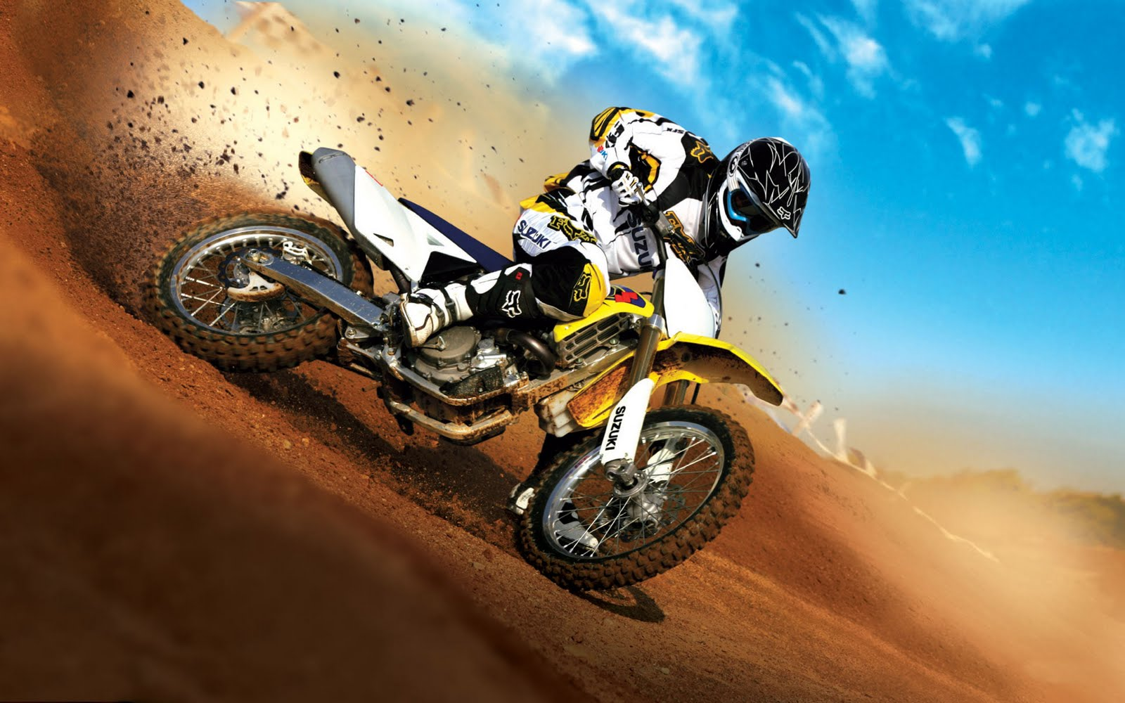 http://4.bp.blogspot.com/-7Z8S6LCve6k/TpaULFZnNkI/AAAAAAAAAic/zFV7U2CkRVQ/s1600/hd-wallpapers-widescreen-bike.jpg