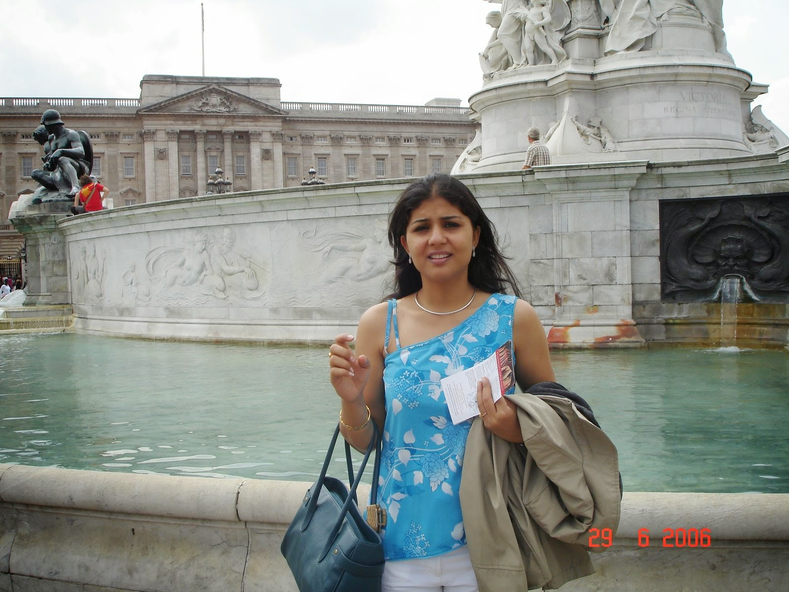 Indian Desi Girls In Pint Shirt Inside River Full HD Photos