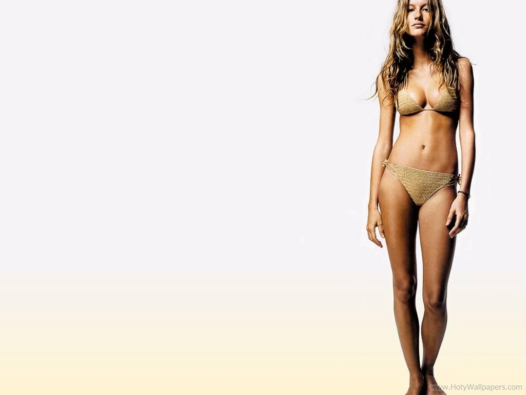 http://4.bp.blogspot.com/-7ZGOmYsp-7w/TvxumnxPVpI/AAAAAAAABC0/NBjqqlRBF5c/s1600/gisele_bundchen_wallpaper_in_bikini-75.jpg