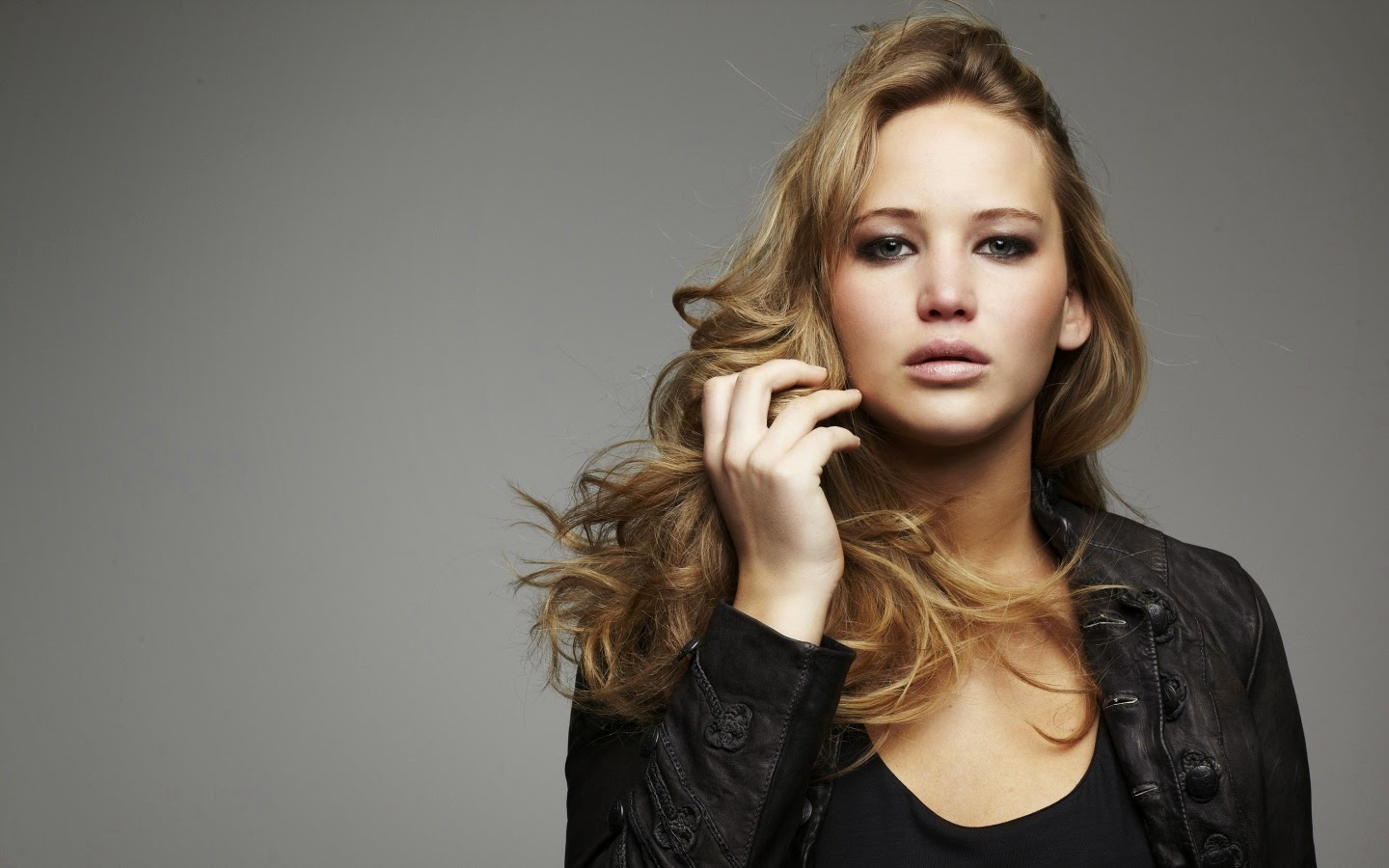 JENNIFER LAWRENCE_WALLSTOWN_IN_HOLLYWOOD ACTRESS_HOLLYWOOD CELEBRITIES