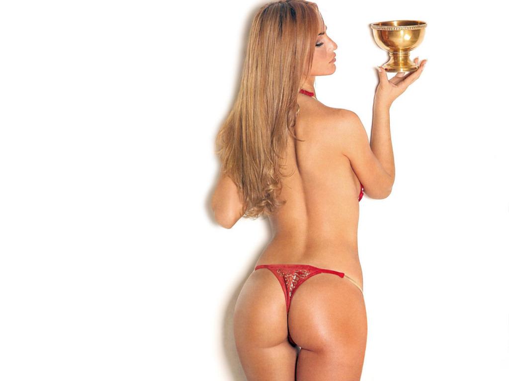 Sabrina Rojas nackt, Nacktbilder,