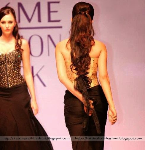Katrina Kaif: Gauhar Khan Wardrobe Malfunction