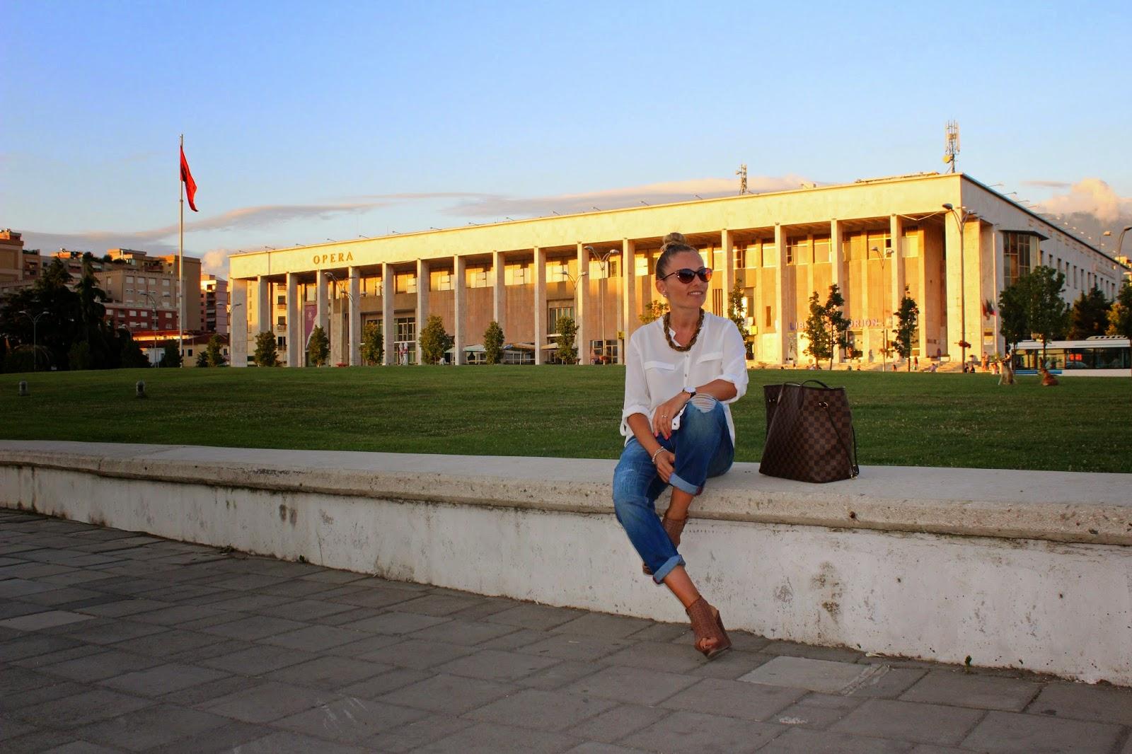 Eniwhere Fashion - Boyfriend Jeans - Tirana - Albania