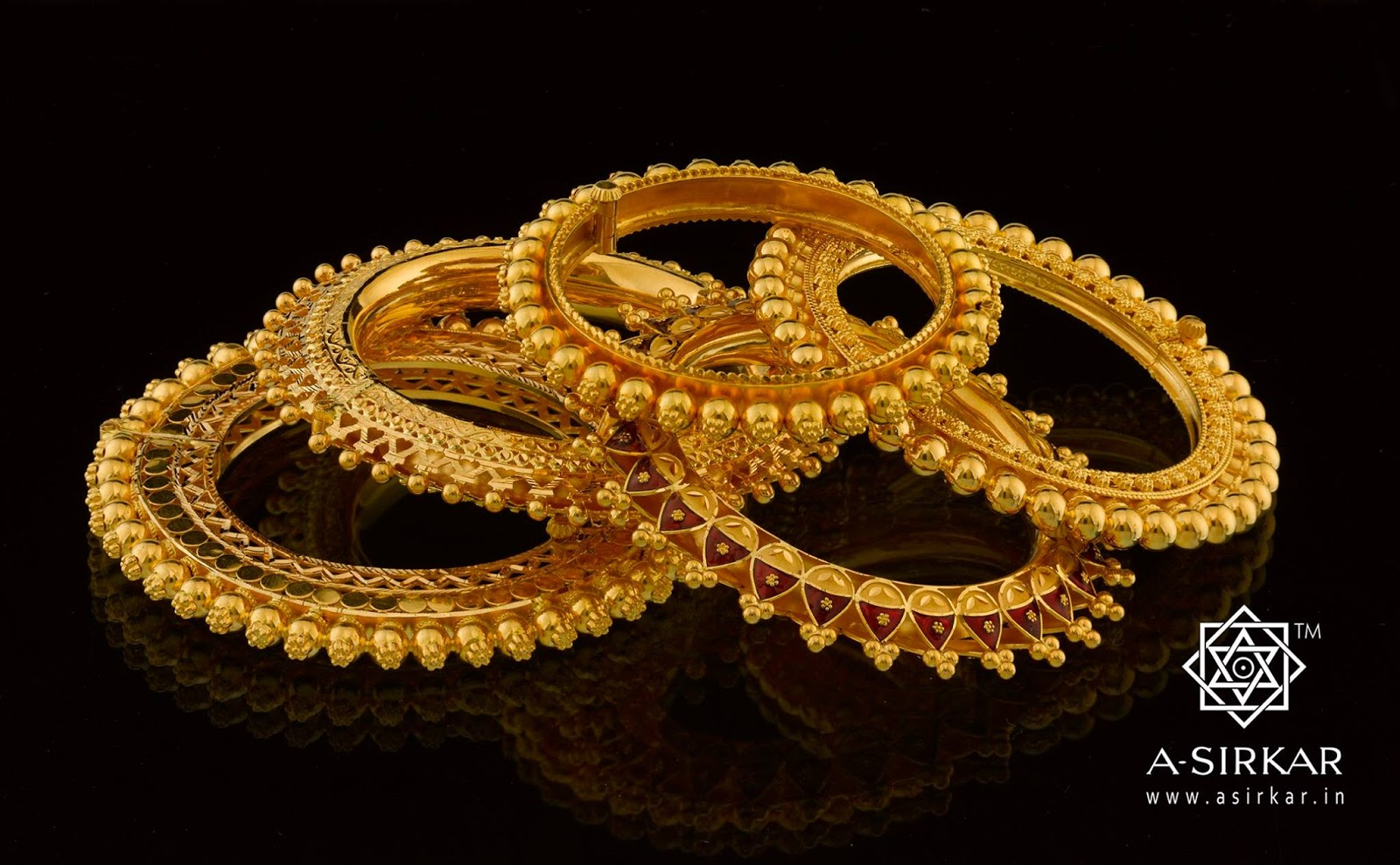 Bengali bridal gold jewellery - Konkon Image Courtesy A Sirkar Co Jewellers