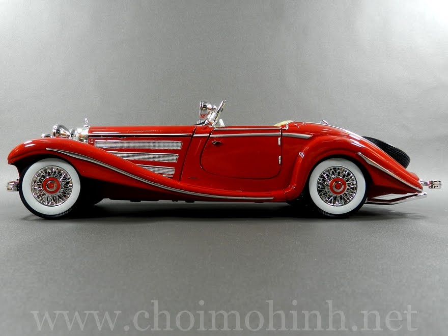 Mercedes-Benz 500 K Specialroadster 1:18 Maisto red side