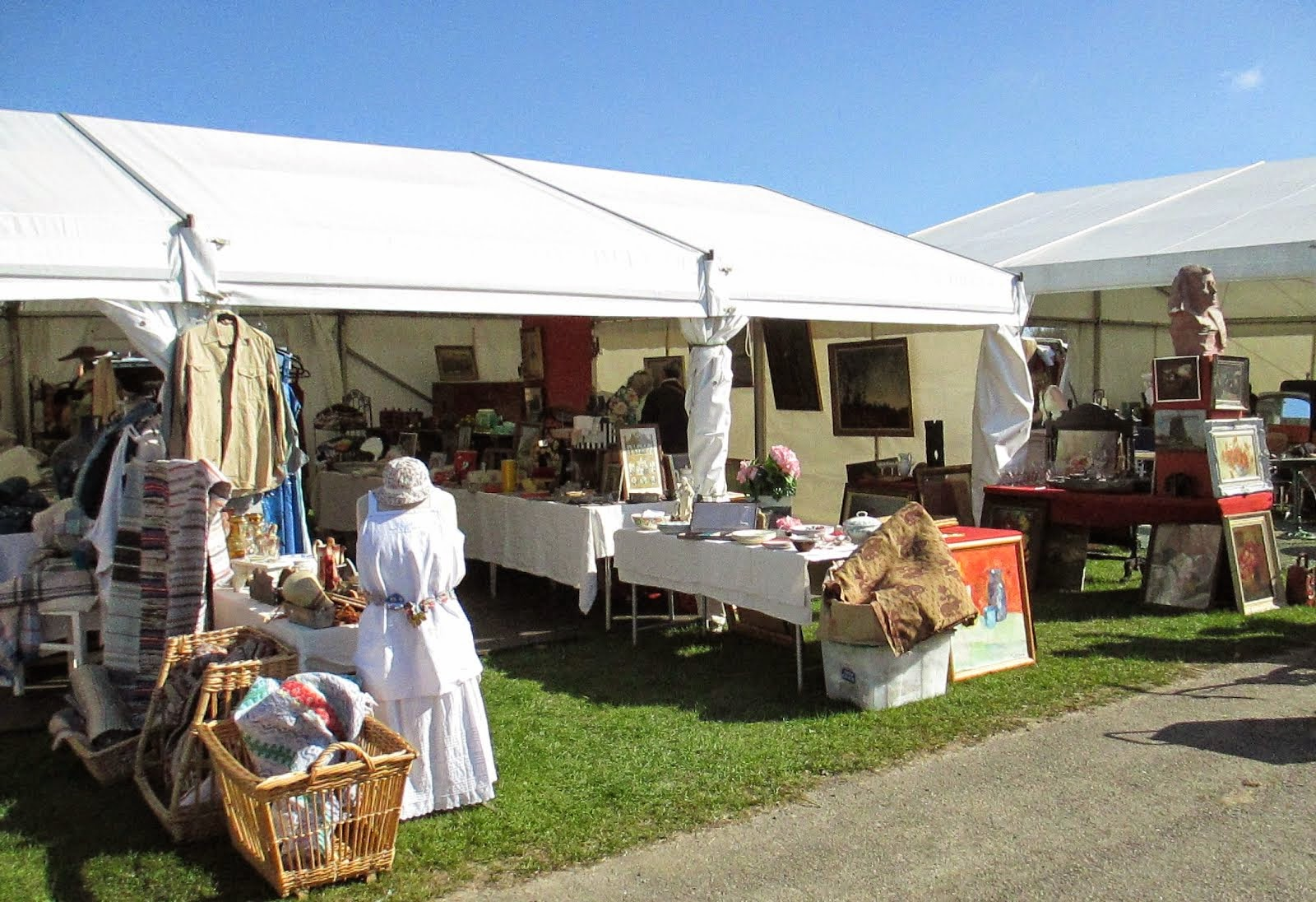 Ardingly Antiques and Collectors Fair