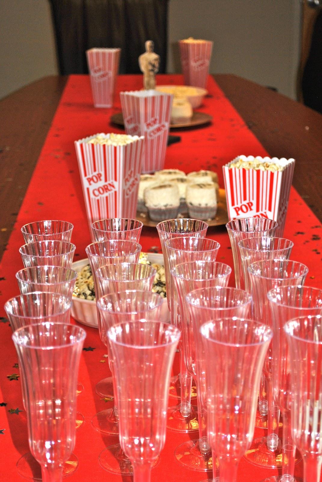 Awards Season Entertaining besides Brown Butter Marshmallow Popcorn Bars moreover Popcorn Cupcake Wrappers further Diy Oscar Party also Oscar Night Festive Popcorn Cupcakes. on oscar night festive popcorn cupcakes