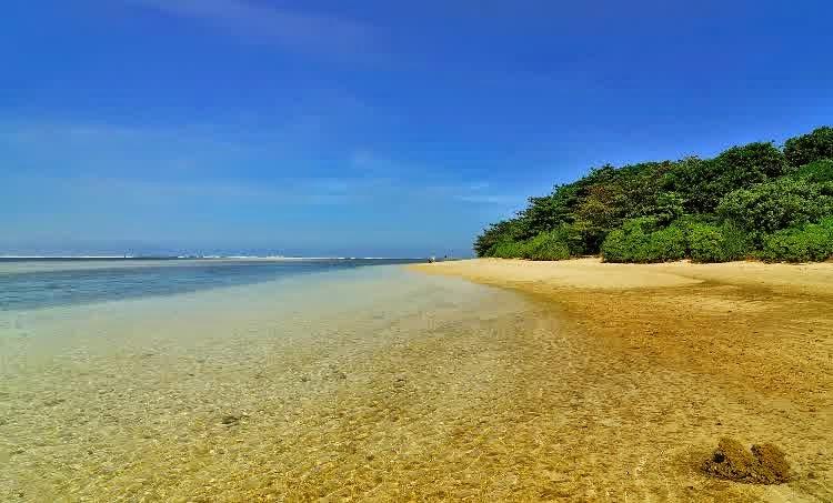 Gambar Pantai Ujung Genteng Jawa Barat